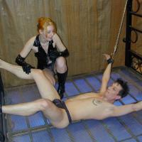 girls bondage